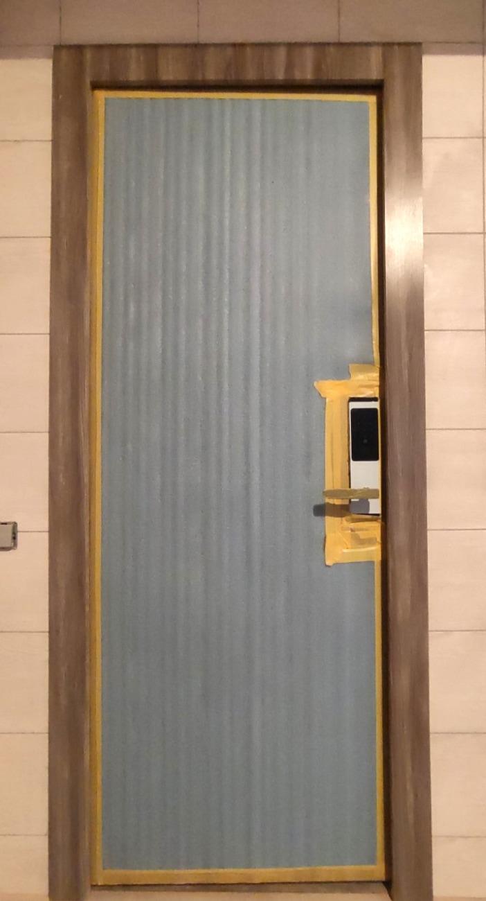 Дверь специального назначения внутреннего открывания
